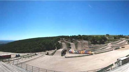 Vista panorâmica do circuito da cidade de Cingoli na Itália