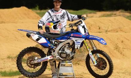 Colton é o número 1 no Canadá e corre pela equipe Blackfoot / Yamaha