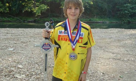 Enzo Lopes conquistou o segundo lugar no Loretta Lynn's 2011