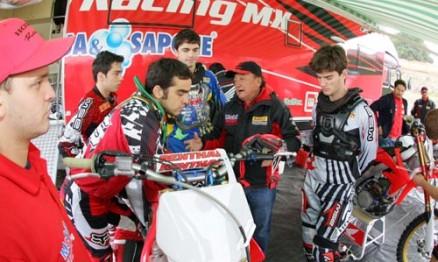 Balbi, Leandro e Wellington foram os pilotos do Brasil no MXDN 2008