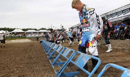 Ken Roczen poderá conquistar em casa o título do Mundial MX2