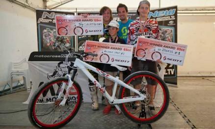 Campeões ganharam bicicletas da Scott como prêmio