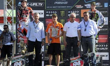 Pódio da classificação final do Mundial de Motocross MX2 2011