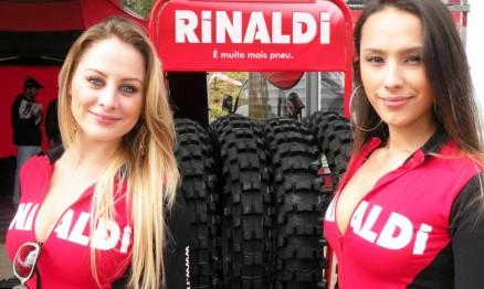 Rinaldetes promovem os produtos da Rinaldi