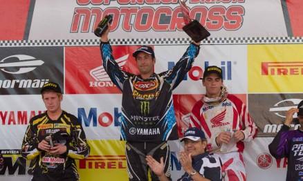 Carlos Campano venceu a primeira etapa na categoria MX Pró