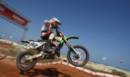 Enzo vai competir somente na categoria 85 em 2012