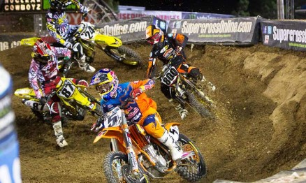 Largada da categoria Supercross em Vegas