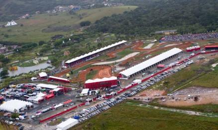 Chuva atrapalhou o evento no Beto Carrero