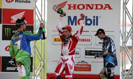 Wellington Garcia foi o vencedor da segunda bateria da MX Pró