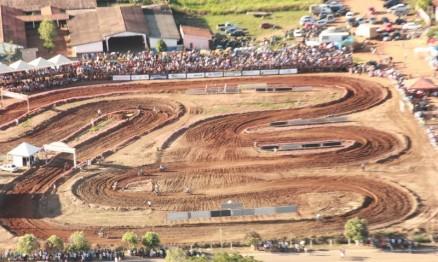 Pilotos travaram disputas fortes no Rondoniense de VX