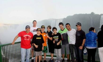 Pilotos de Motocross fazem tour nas Cataratas