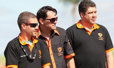 Cale Neto, Silvano e Davi Teixeira, diretores da X Motos