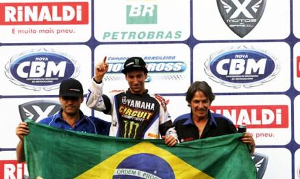 Equipe Monster / Geração / Yamaha comemora título na MX1