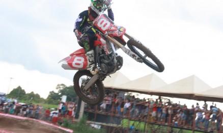 Público prestigiou Rondoniense de Supercross em Cacoal