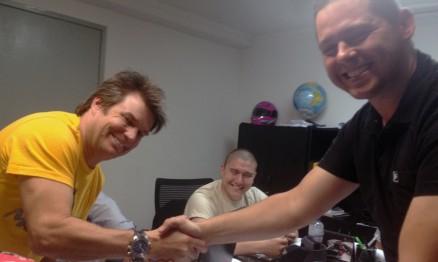 Troy Lee e Marlon Bonilha selam parceria