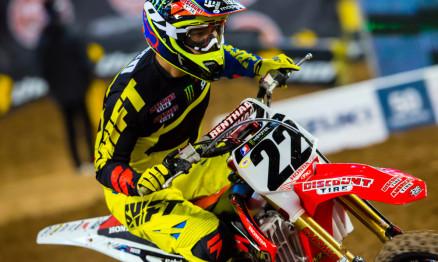 Reed parece ter acertado a moto em Anaheim2