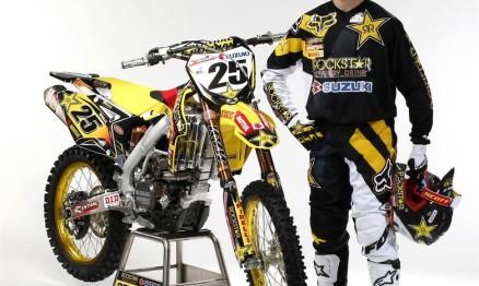 Fotos das motos do time oficial Suzuki no Mundial MX1
