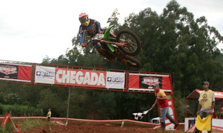 Duda domina a abertura do Gaúcho de Motocross 2013