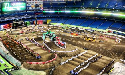 Galeria de fotos do AMA Supercross 2013 em Toronto