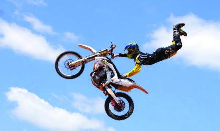 GP Sarzedo de Motocross terá show de Freestyle