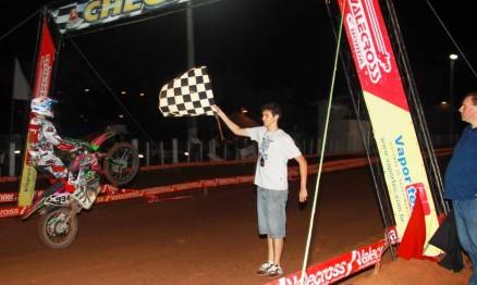 Veloterra terá corrida à noite em Encantado no RS