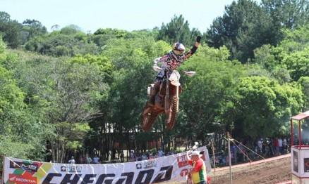 Enzo Lopes venceu na sua estreia na categoria MX2