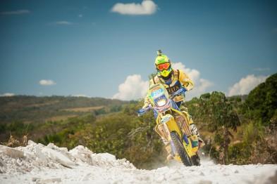 Gregório Caselani vence entre as motos do Rally Barretos