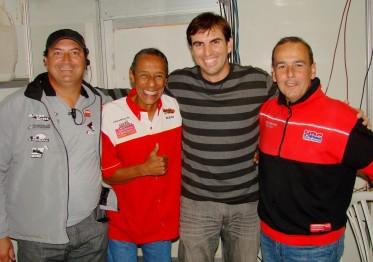 O secretário Cristiano Lopes com os locutores Valério Neto, Zezito e o comentarista Dinho.