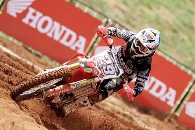 Stefany Serrão disputa neste fim de semana o Latino-americano de Motocross Feminino