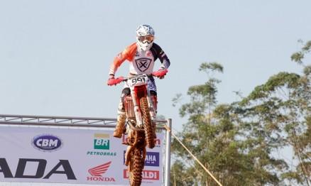 Davis Guimarães vence 5ª Etapa do BR de Motocross na MX3