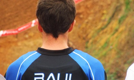 Raul Guilherme concentrado antes de entrar na pista no domingo