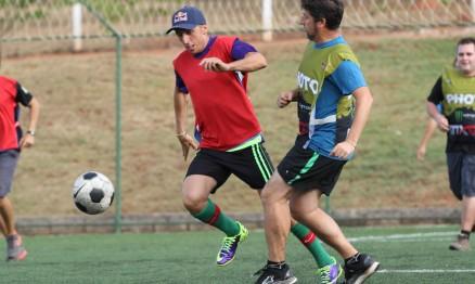 Tony Cairoli também é apaixonado por futebol