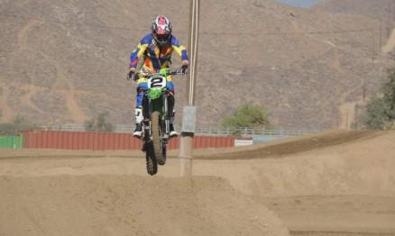 piloto-catarinense-conquista-titulo-no-mundial-de-motocross-para-veteranos-815