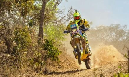 Team Rinaldi encerra o ano na final do Brasileiro de Rally Baja
