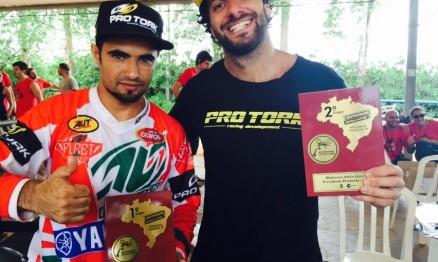 Joaninha Flores vence Desafio Internacional de Motocross Estilo Livre