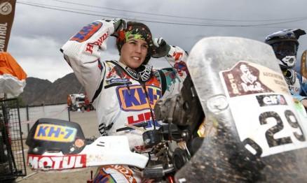 Oitava colocada nas motos, Laia Sanz termina neste sábado (17) edição 2015 da prova, em Buenos Aires (ARG)