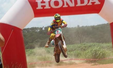 Rômulo Bottrel, da Zanol Team, levou a melhor na geral e na Elite. Ronald Santi, da Motofield, e Bruno Martins, também da Zanol Team, venceram as categorias Júnior e Nacional.
