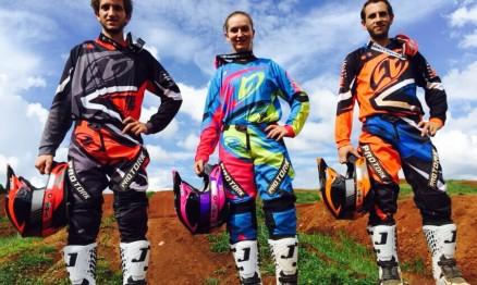 A família Basso Racing: Mateus, Maiara e Lucas (da esquerda para a direita).