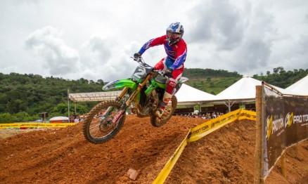 Vídeos – Copa Pro Tork Minas Gerais de Motocross 2015 – 1a etapa – Itabirito