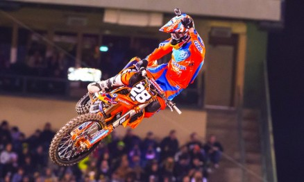 A equipe de Jessy Nelson resolveu retirá-lo do campeonato para deixa-lo 100% fisicamente para o AMA Motocross.