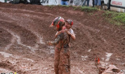 Os irmãos estão sempre unidos e dando força um ao outro.
