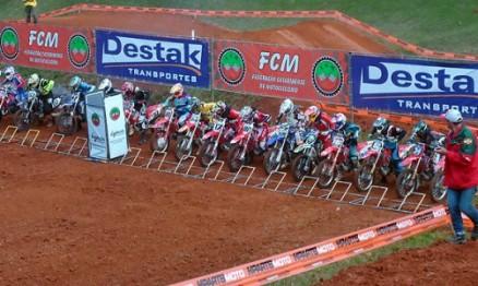 4ª etapa do Catarinense de Motocross: show de prova em Jaraguá do Sul