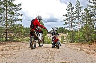 Um Feliz Dia dos Pais aos motociclistas