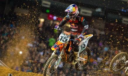2015; 2015 AMA Supercross; Action Shot; Dean Wilson; Dirt Bike Race; KTM; Offroad Racing; Phoenix; Photo: Simon Cudby
