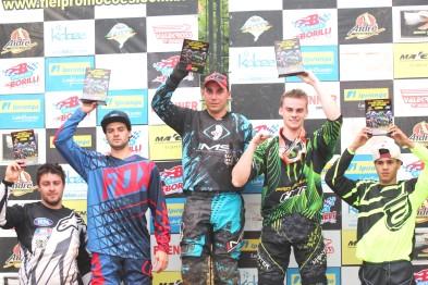 Vencedores da etapa Ipiranga Regional de Motocross na ASCAVE