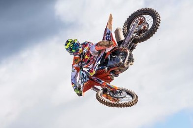 Cairoli pode estar fora do Mundial de Motocross 2016