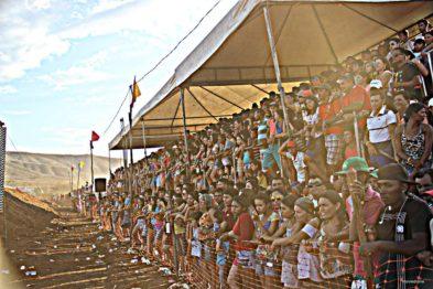 A 1a edição contou com estrutura de arquibancadas cobertas que lotaram de fãs.