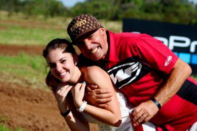 Alexia Lopes (aniversário em 6 de maio) com seu pai, Léo Lopes - Lajeado RS. Foto: Silvio Bilhar