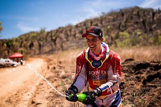 Gregorio Caselani conquista 80 posições no primeiro do Rally Dakar