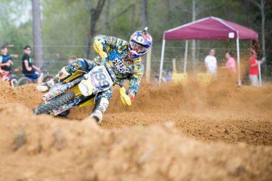 Travis Pastrana de volta a uma pista de Motocross